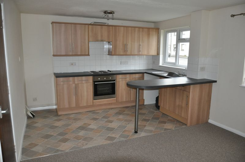 1 bed flat to rent in Hollowtree Court 2