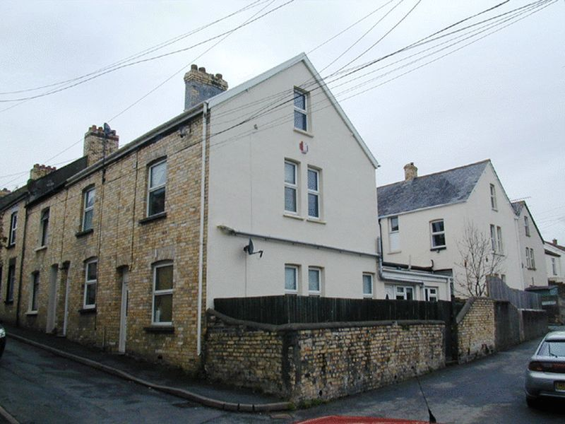 3 bed house to rent in Sunny Bank 1