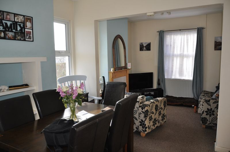 3 bed house to rent in Sunny Bank 4