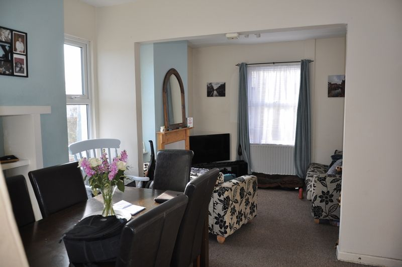 3 bed house to rent in Sunny Bank 5
