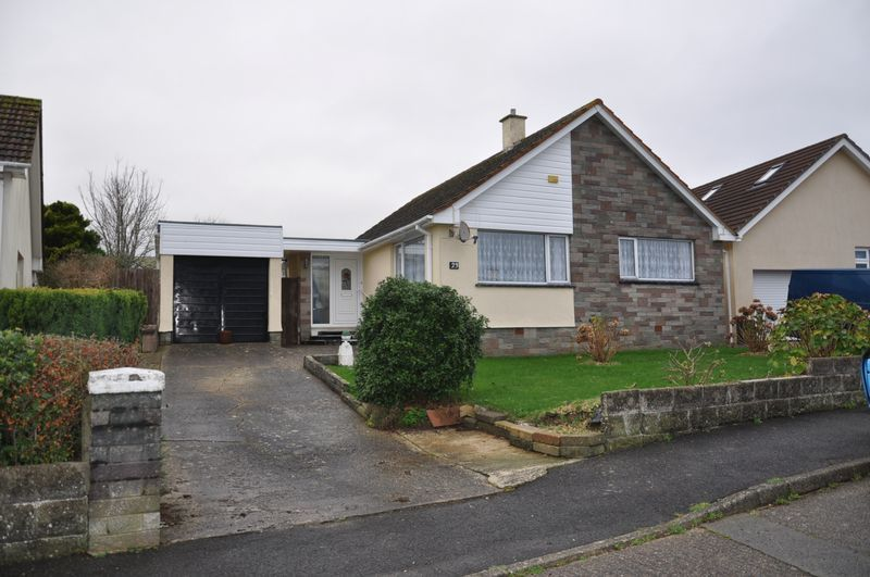 2 bed bungalow to rent in Anne Crescent, EX31