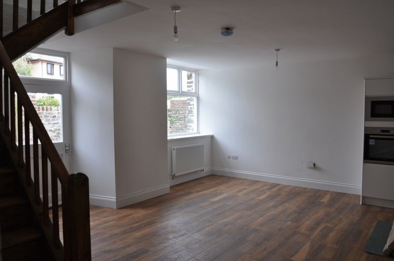 2 bed flat to rent in 10 Boutport Street, EX31