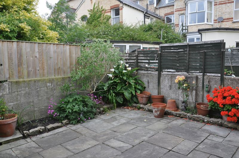 4 bed house for sale in Victoria Close  - Property Image 10