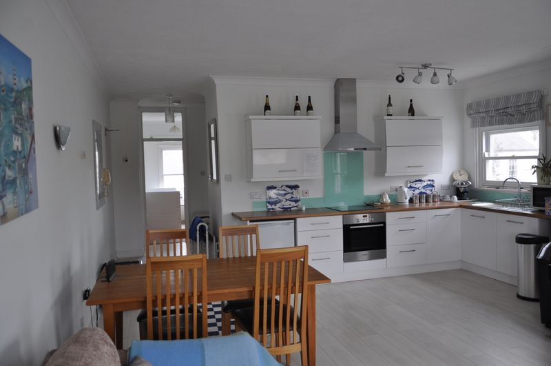 3 bed flat to rent in Taw Court, EX32