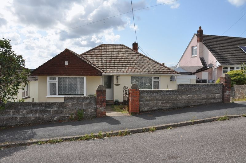 3 bed bungalow for sale in Ravelin Manor Road, EX32