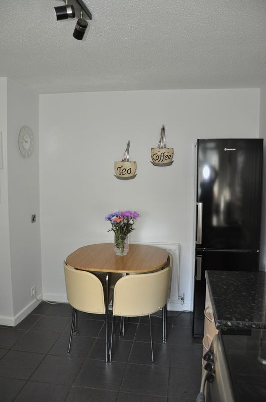 3 bed house for sale in Cross Close 3