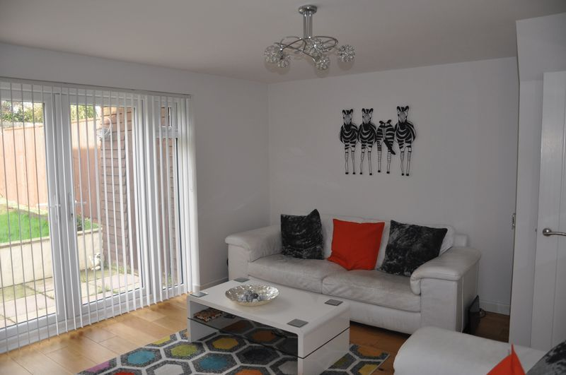 3 bed house for sale in Cross Close 5