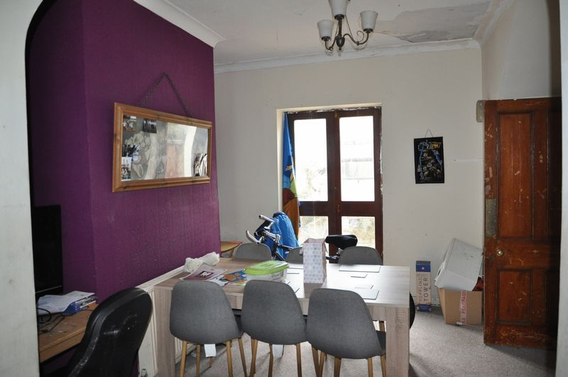 3 bed house for sale in Pulchrass Street  - Property Image 2
