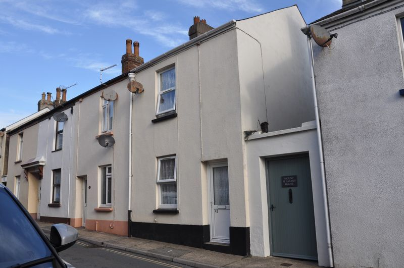 2 bed house to rent in Honestone Street 2