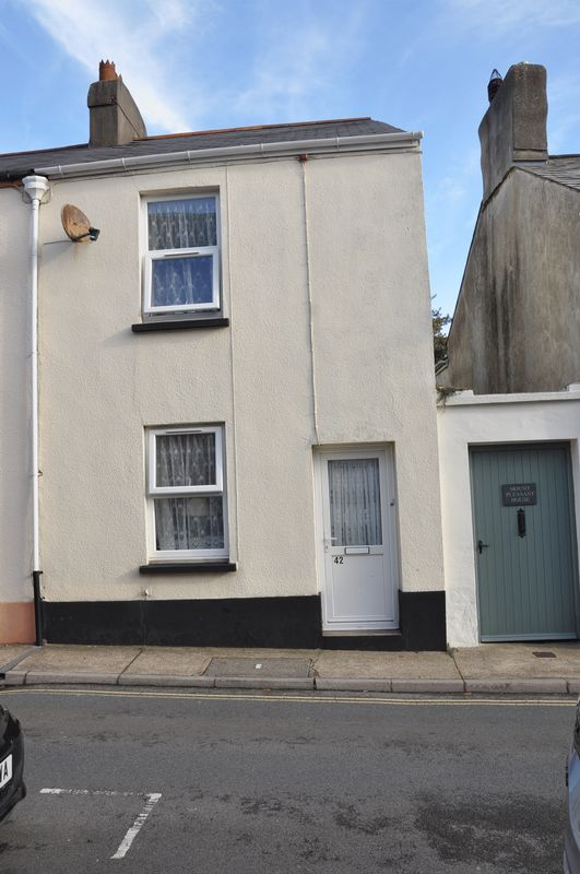 2 bed house to rent in Honestone Street 3