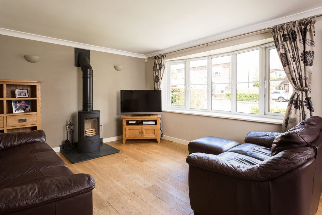 4 bed house for sale in Main Street, Copmanthorpe, York  - Property Image 3