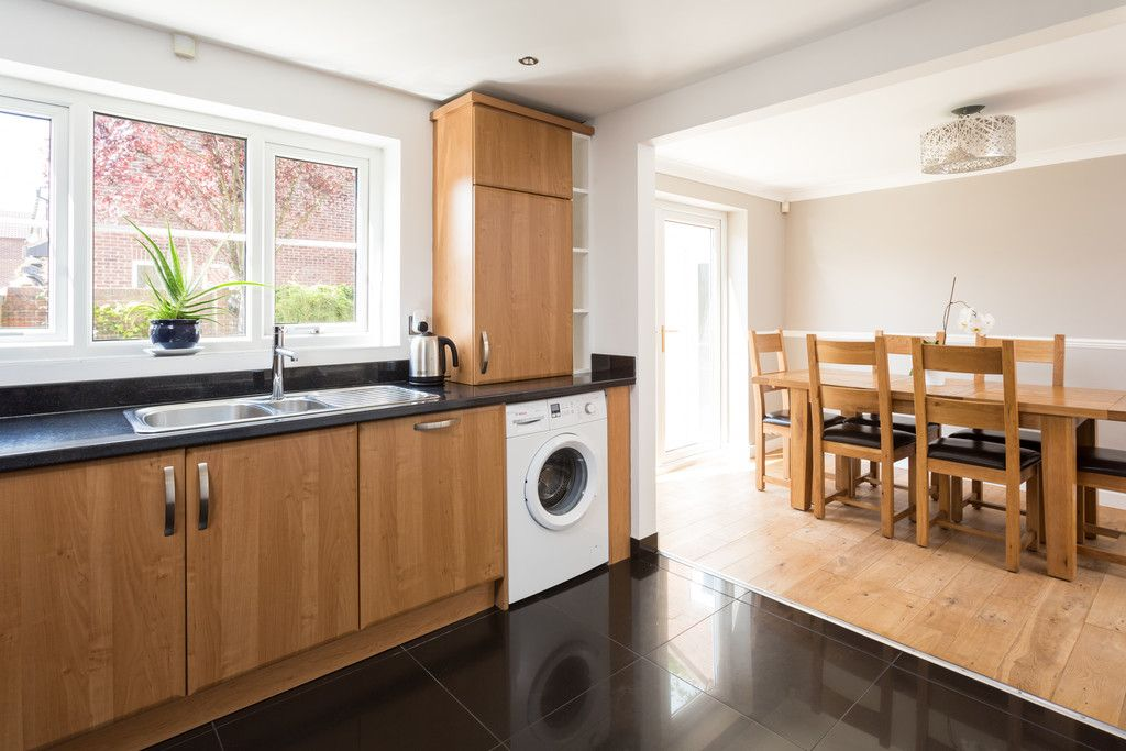 4 bed house for sale in Main Street, Copmanthorpe, York  - Property Image 4