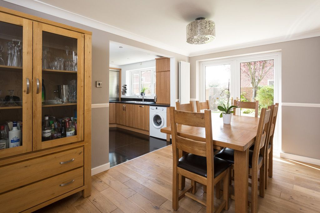 4 bed house for sale in Main Street, Copmanthorpe, York  - Property Image 10