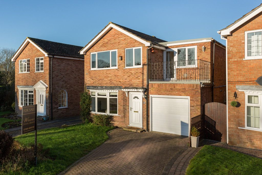 4 bed house for sale in Sawyers Crescent, Copmanthorpe, York, YO23