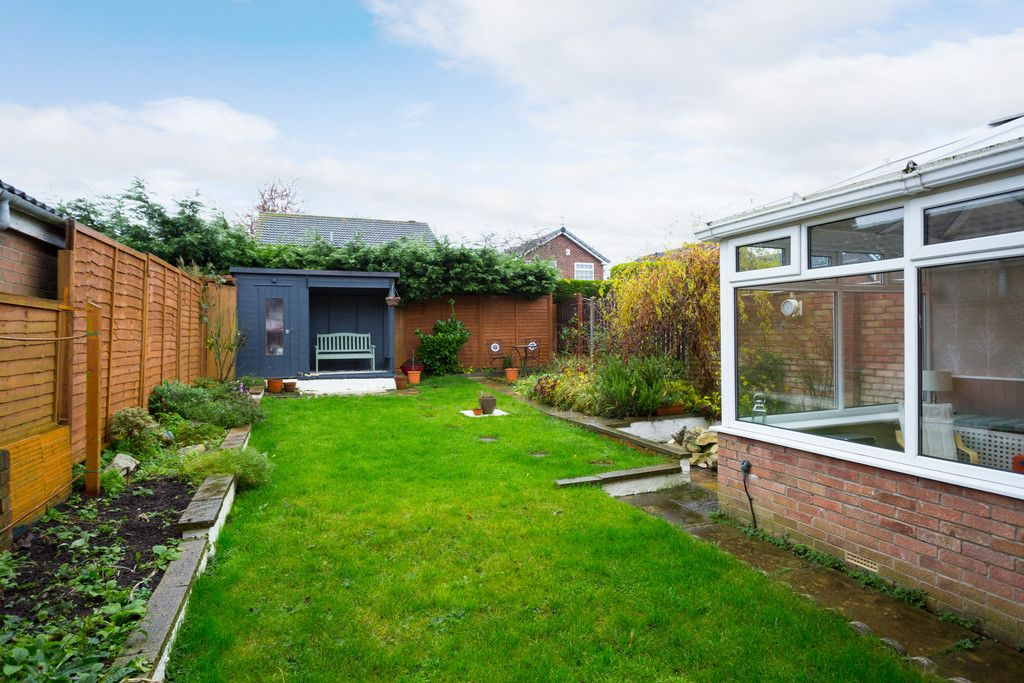 4 bed house for sale in Sawyers Crescent, Copmanthorpe, York 2