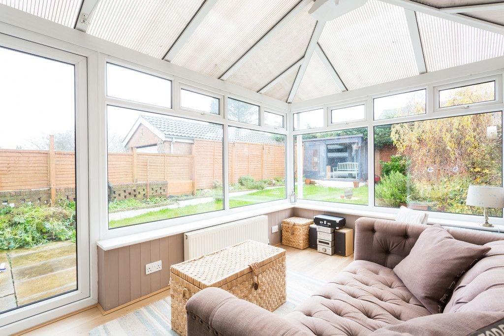 4 bed house for sale in Sawyers Crescent, Copmanthorpe, York 3