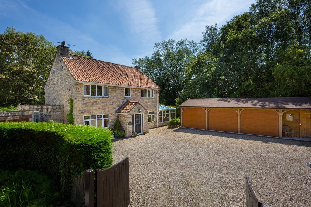 5 bed house for sale in Pump Alley, Bolton Percy, YO23