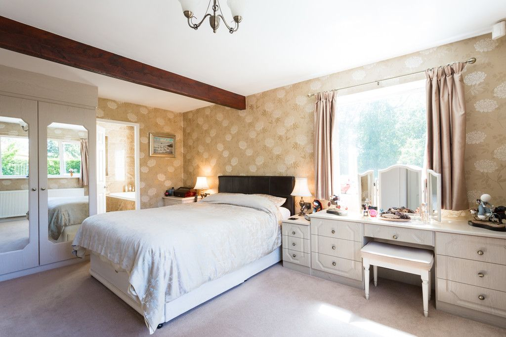5 bed house for sale in Pump Alley, Bolton Percy 6