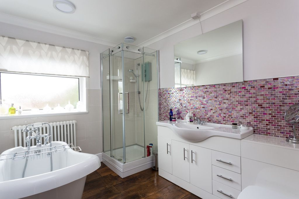 4 bed house for sale in York Road, Tadcaster  - Property Image 10
