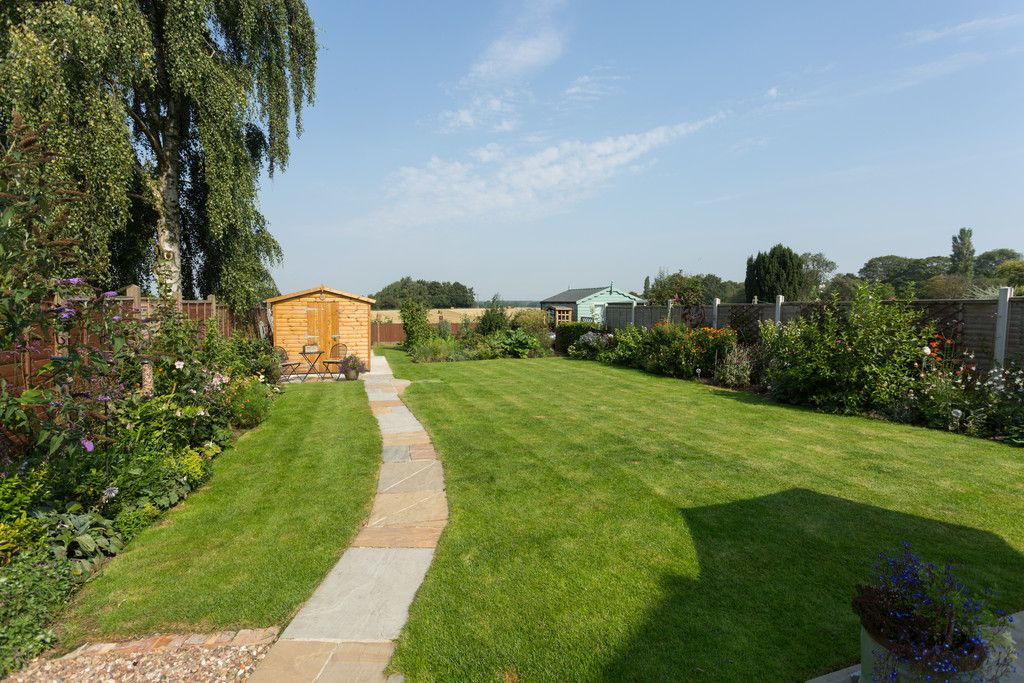 4 bed house for sale in Back Lane, Bilbrough, York  - Property Image 2
