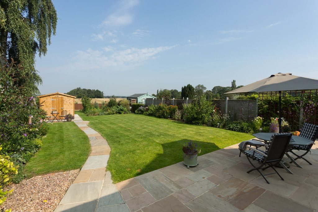 4 bed house for sale in Back Lane, Bilbrough, York 16