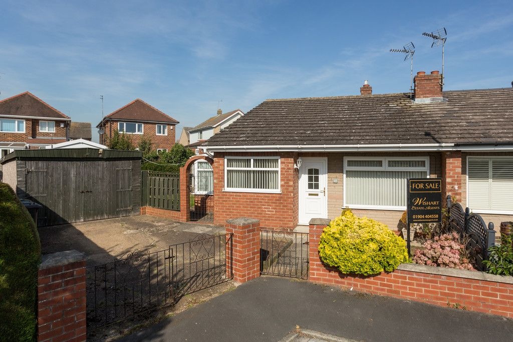 2 bed bungalow for sale in Hillcrest, Tadcaster, LS24