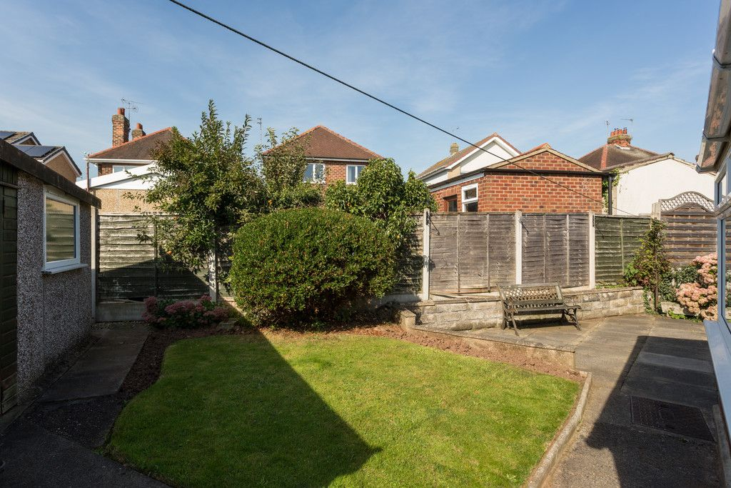 2 bed bungalow for sale in Hillcrest, Tadcaster  - Property Image 4