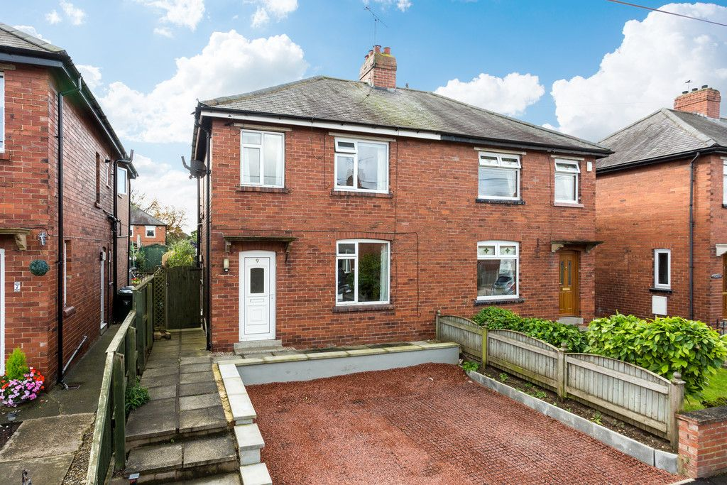3 bed house for sale in Auster Bank Crescent, Tadcaster, LS24