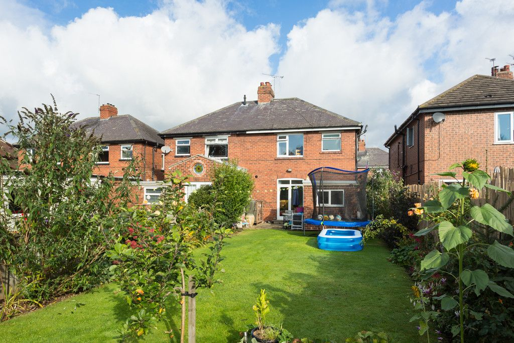 3 bed house for sale in Auster Bank Crescent, Tadcaster  - Property Image 12