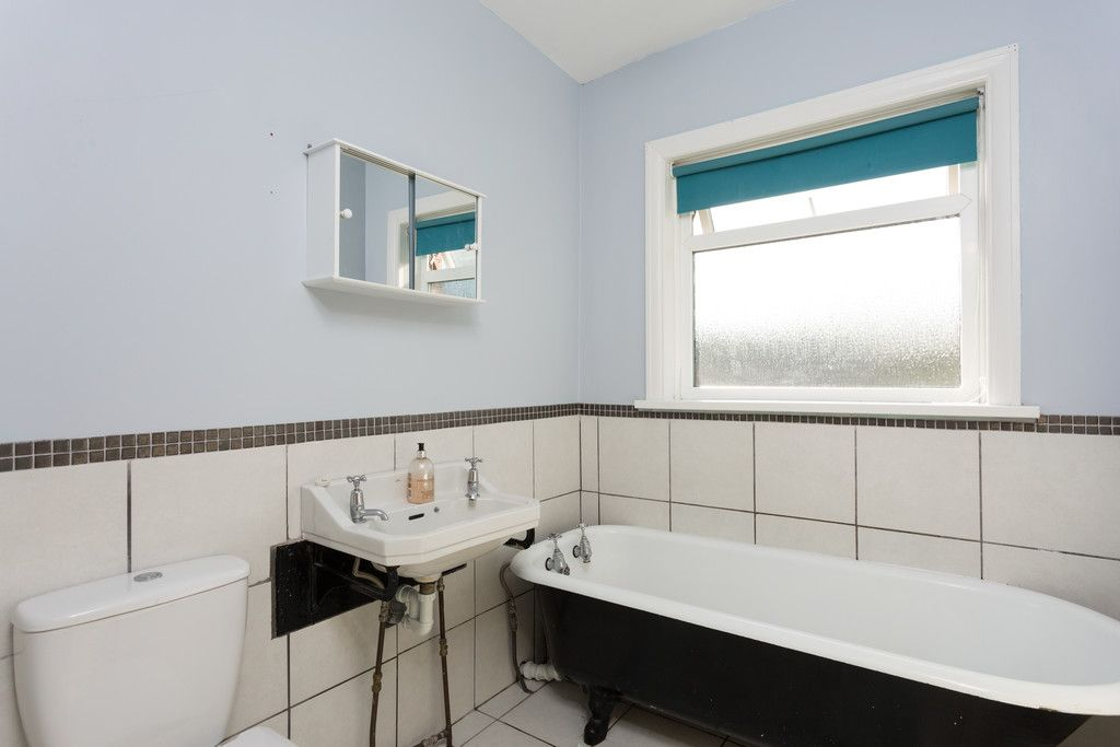 3 bed house for sale in Auster Bank Crescent, Tadcaster  - Property Image 10