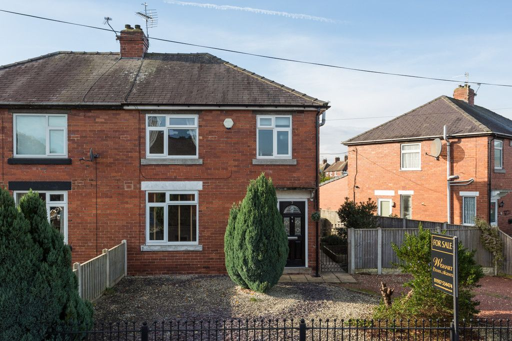 3 bed house for sale in Auster Bank Road, Tadcaster 1