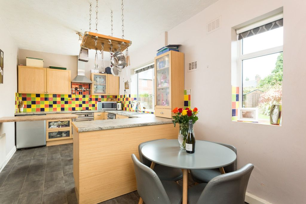 3 bed house for sale in Auster Bank Road, Tadcaster 2