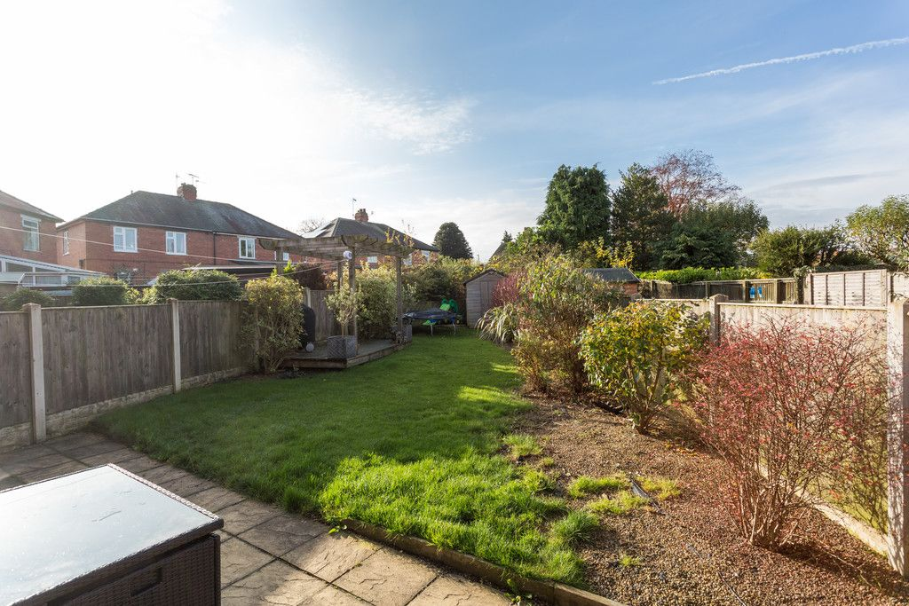 3 bed house for sale in Auster Bank Road, Tadcaster 10