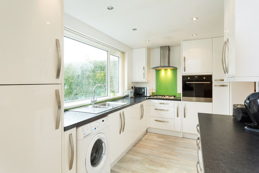 5 bed house for sale in Calcaria Road, Tadcaster  - Property Image 2