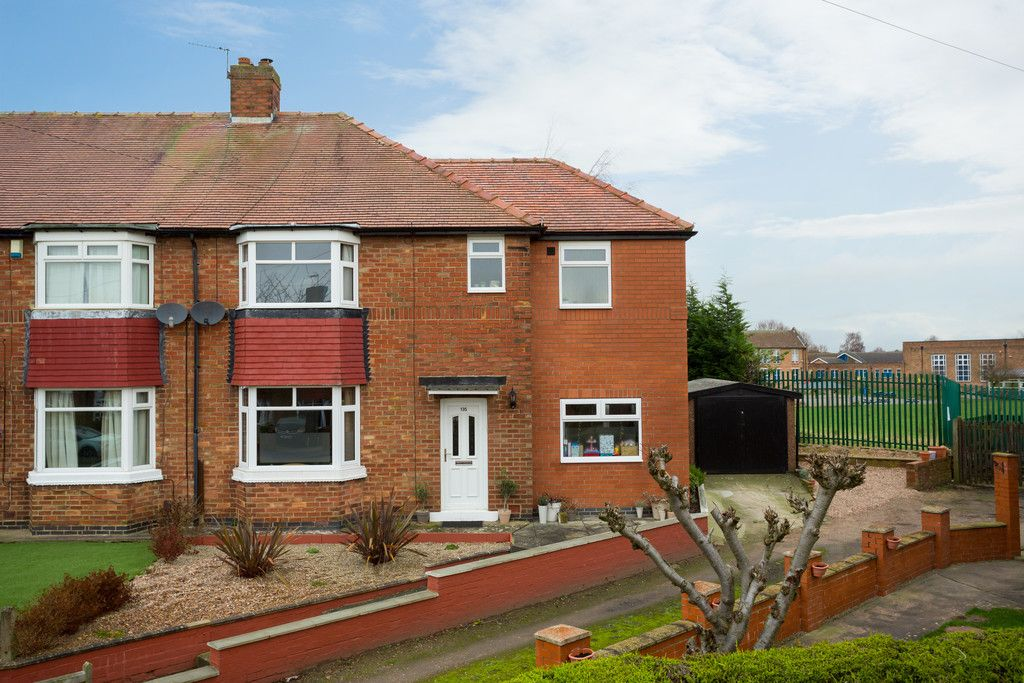 4 bed house for sale in Westfield Place, York 1