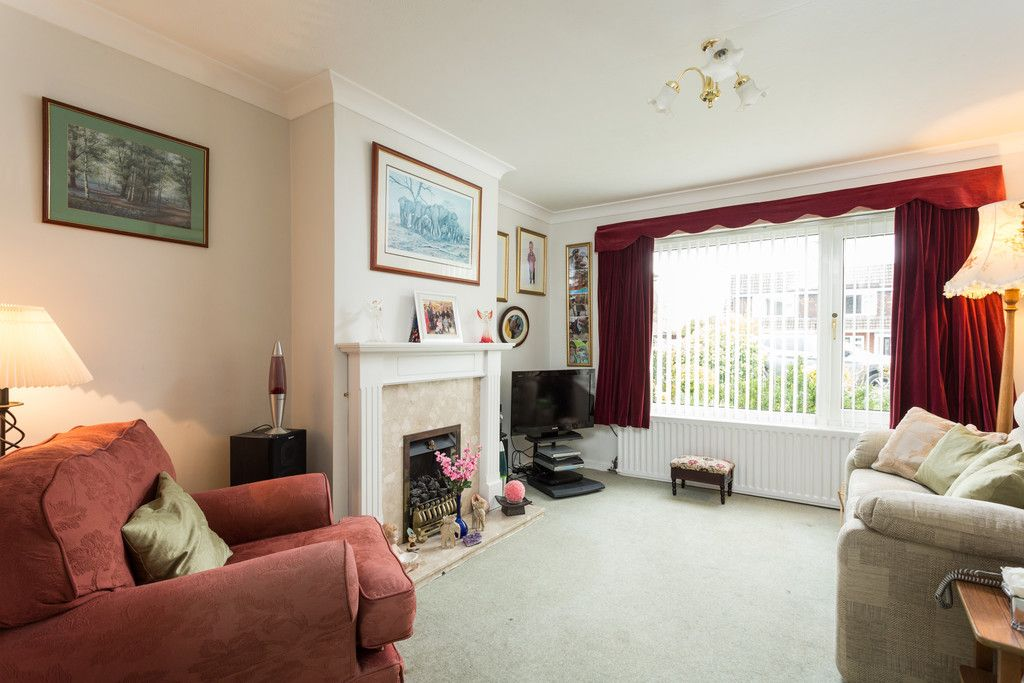 3 bed house for sale in Heatherdene, Tadcaster  - Property Image 2