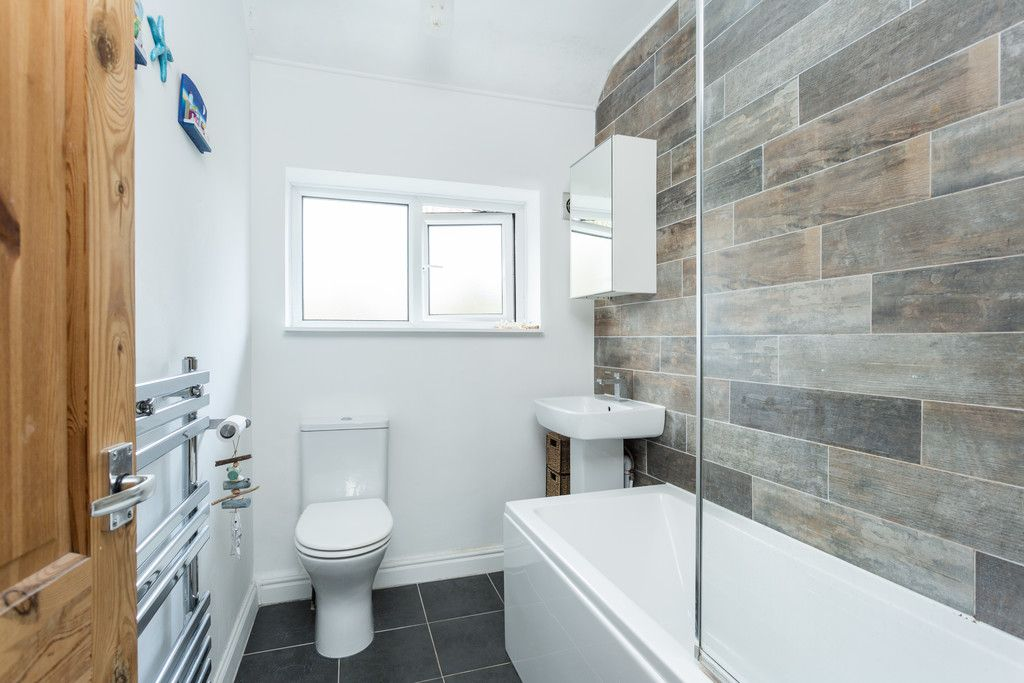 2 bed house for sale in Lowfields Drive, York  - Property Image 6