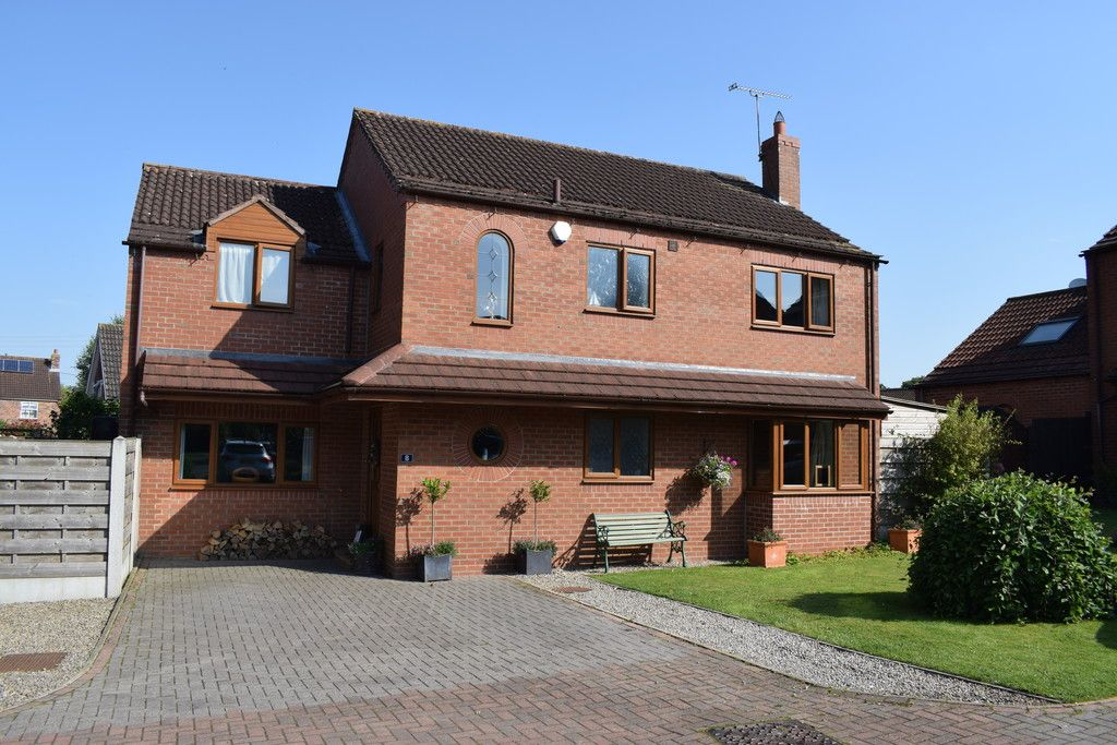 4 bed house for sale in The Orchard, Tholthorpe, York, YO61