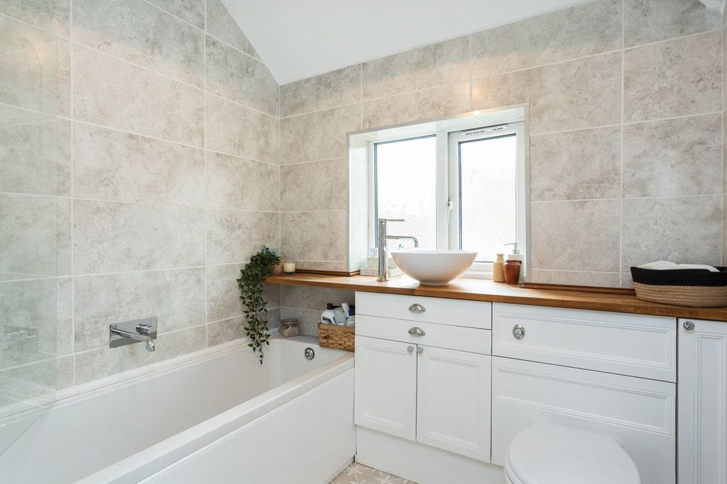3 bed house for sale in Wharfedale Crescent, Tadcaster  - Property Image 11
