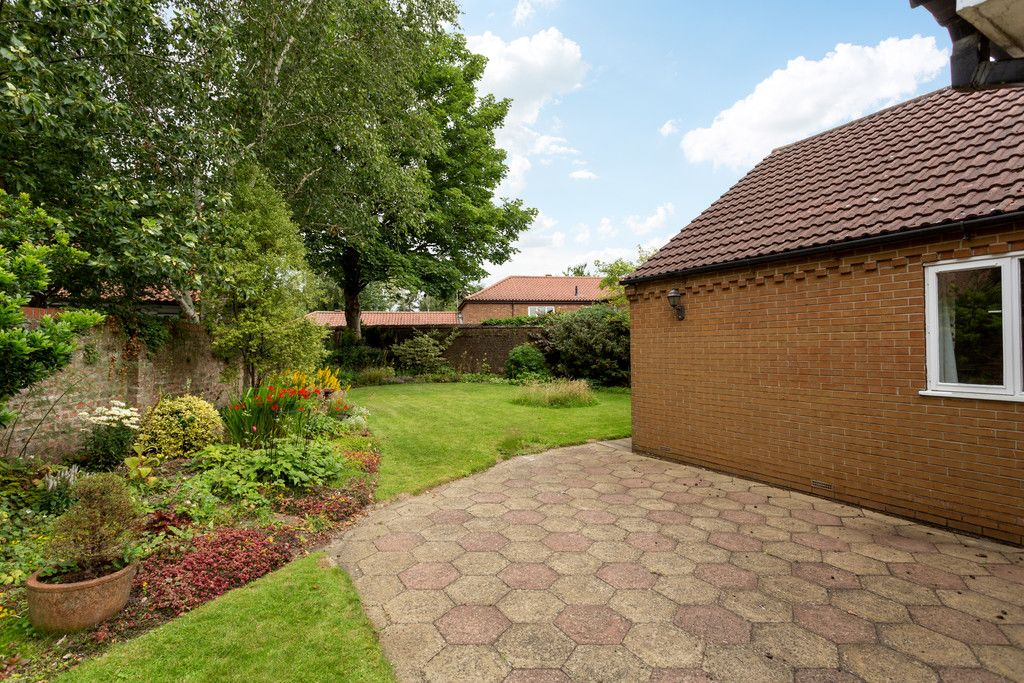 3 bed bungalow for sale in York Road, Acomb, York 12