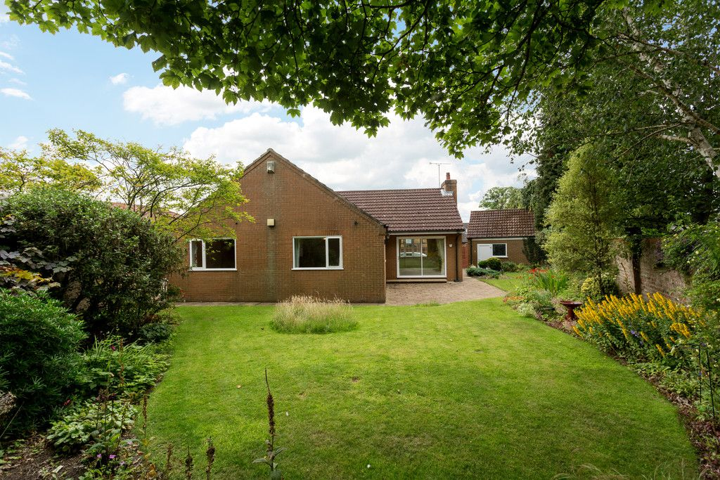 3 bed bungalow for sale in York Road, Acomb, York 4