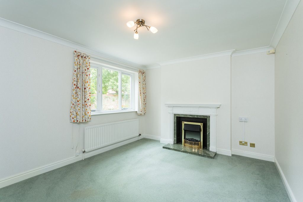 3 bed bungalow for sale in York Road, Acomb, York 10
