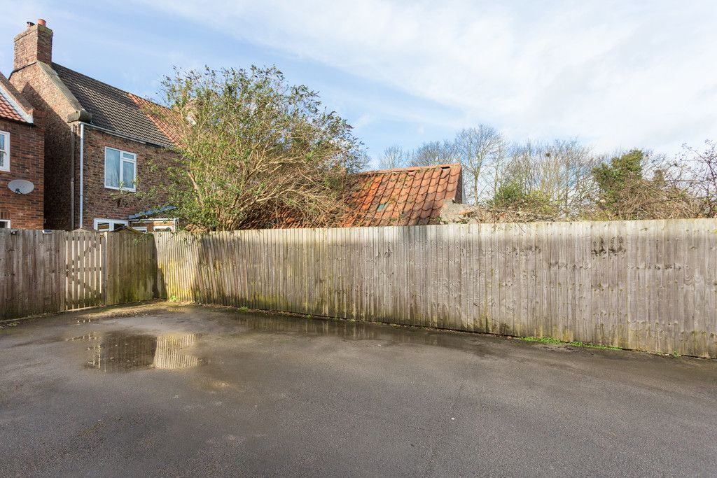 2 bed house for sale  - Property Image 11