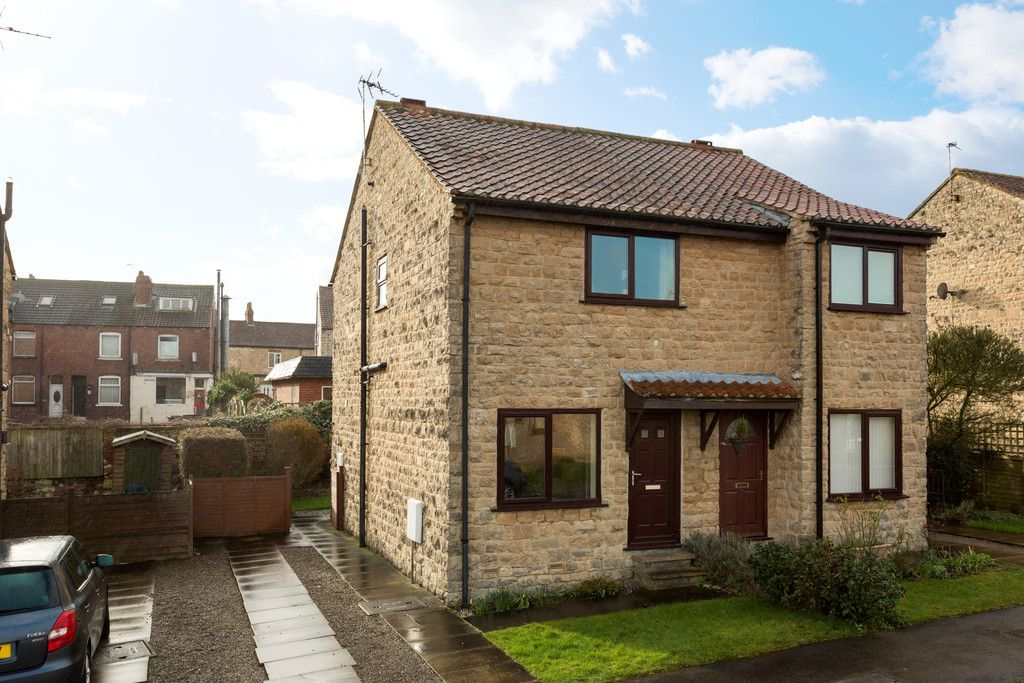 2 bed house for sale 1