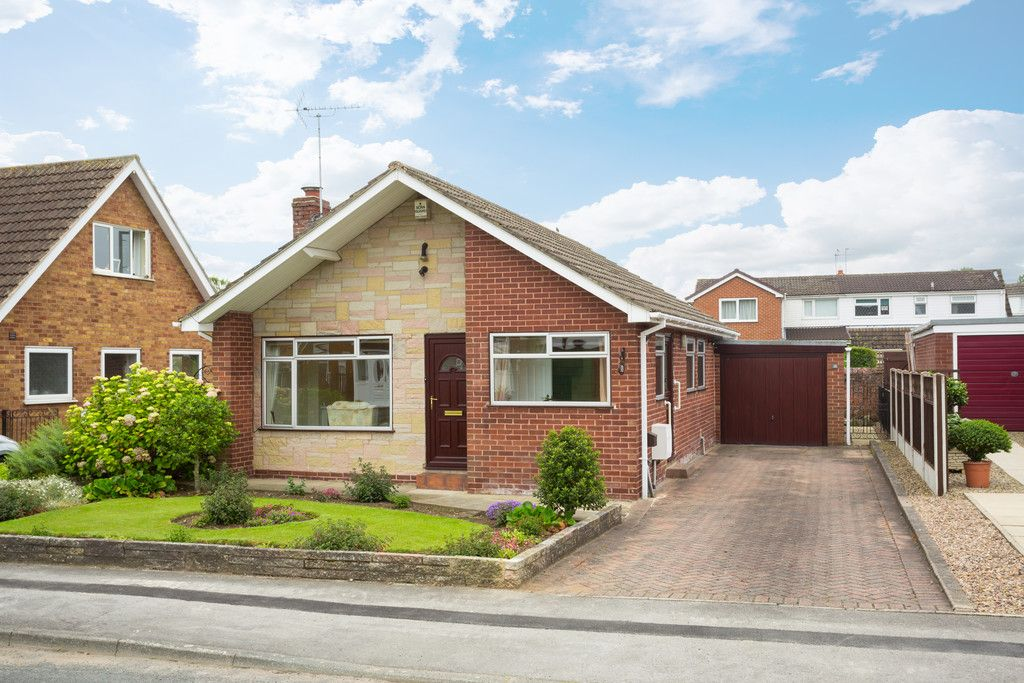 3 bed bungalow for sale, LS24