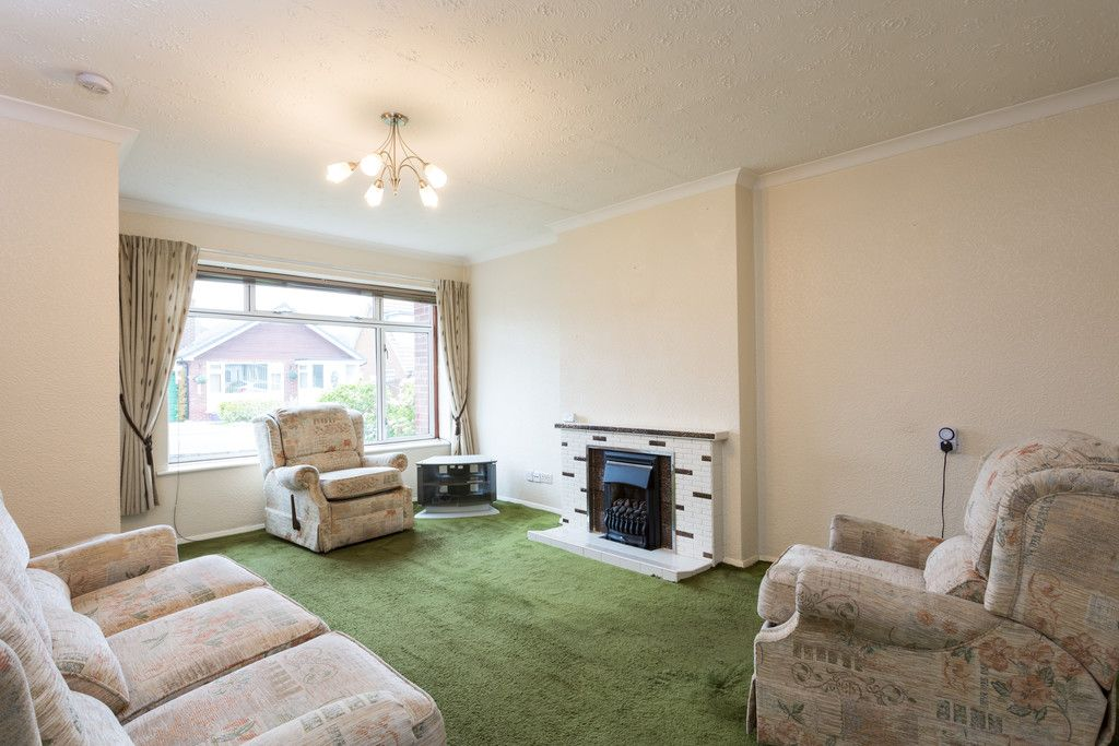 3 bed bungalow for sale  - Property Image 2