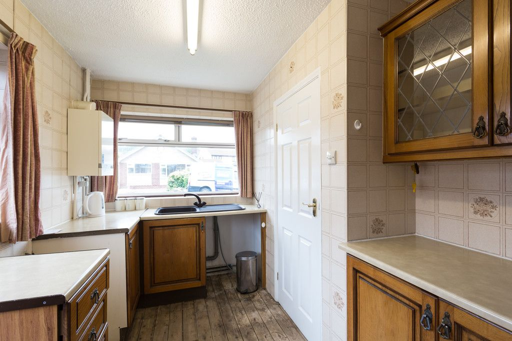3 bed bungalow for sale 3