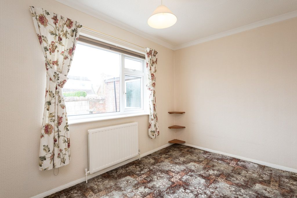 3 bed bungalow for sale 7