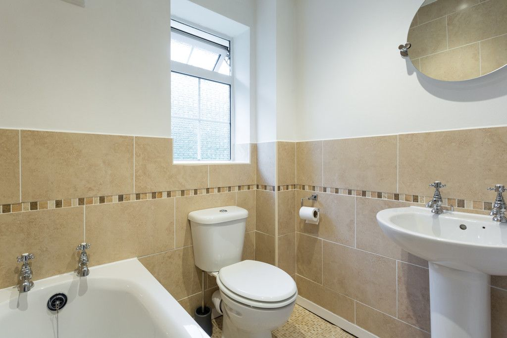 2 bed house for sale  - Property Image 10