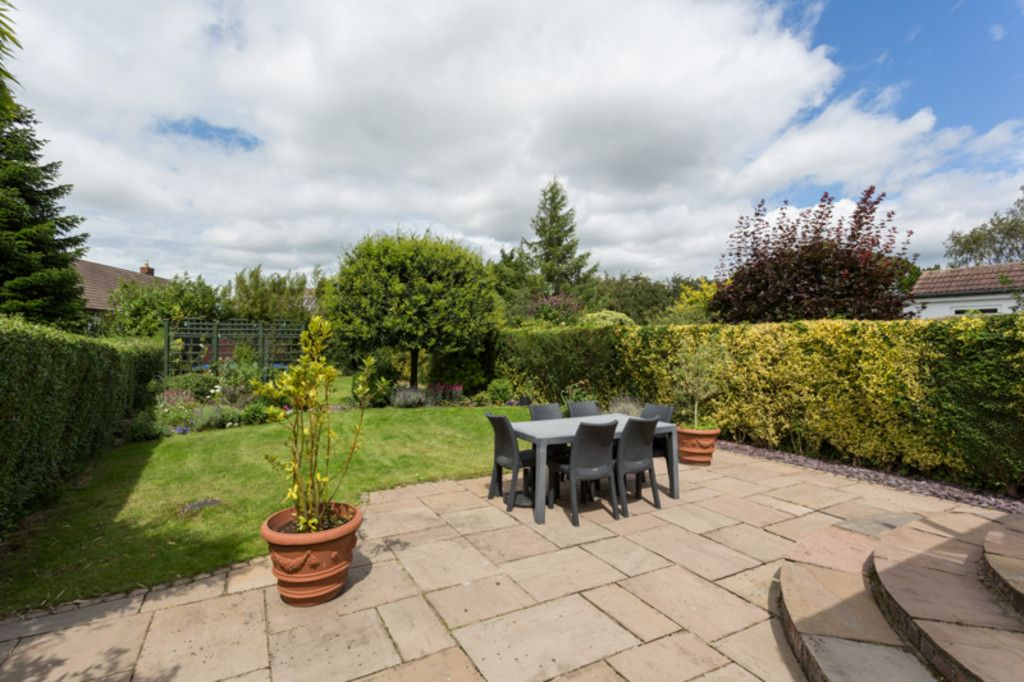 6 bed house for sale  - Property Image 17